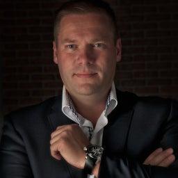Thijs Bakker