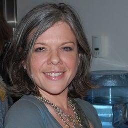 Shana Nys Dambrot