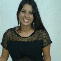 Vânia Cristina Machado