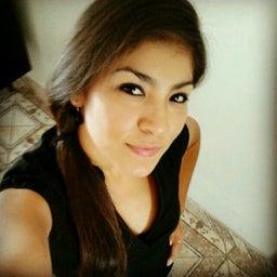 Caroline Rosas Cáceres