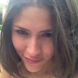 Corina Flores