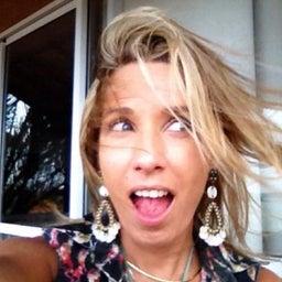 Ana Carol C Bulhoes