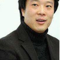 Kwang Mo Yang