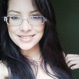 Nathalya Caroline