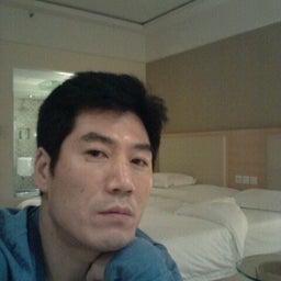 Hyunkyu Park
