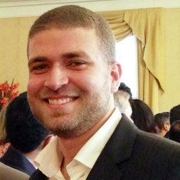 Adriano Sharllony