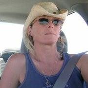 Dana Averie