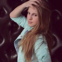 Александра Кладова