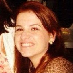 Aline Tavares