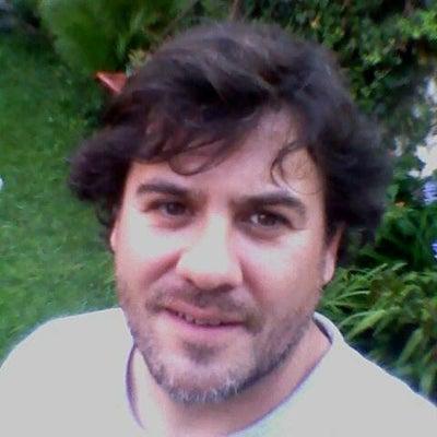 avatar for Eduardo Ayre